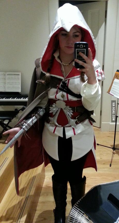My Ezio Auditore Cosplay 9gag